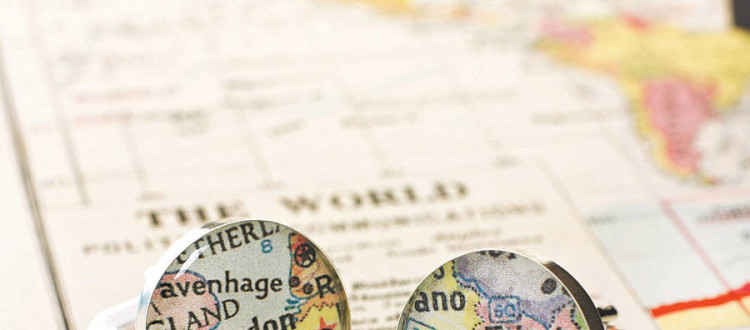 Gift Ideas for the Map-Loving Man in Your Life